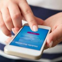 woman-mobile-customer-engagement