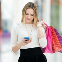 woman-shopping-beacons